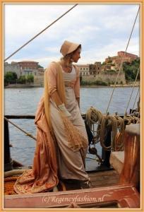 pelisse peach, sailing Elba IMG_4734---